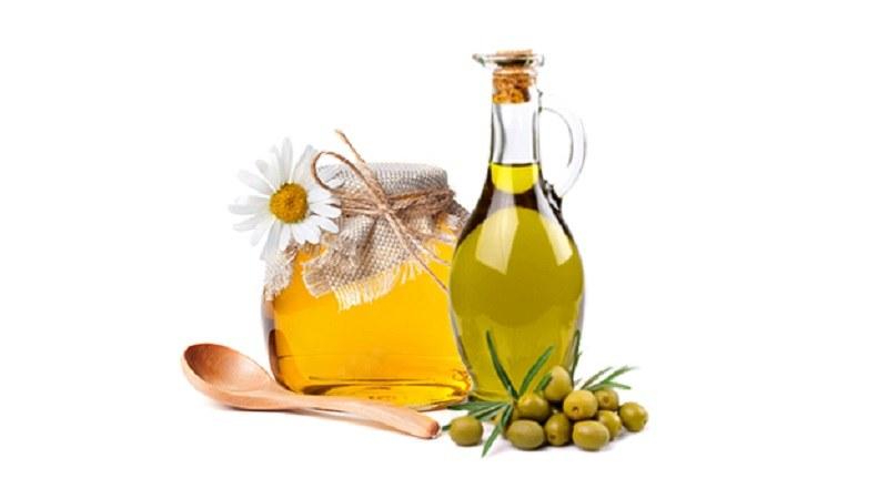 پماد ترکیب عسل، موم و روغن زیتون